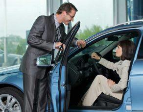 Comment acheter une voiture neuve moins chère ?